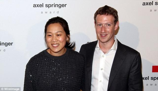 Марк Цукерберг. Молодой миллиардер, основатель Facebook мог бы легко жениться на модели или актрисе, но выбрал обычную девушку.