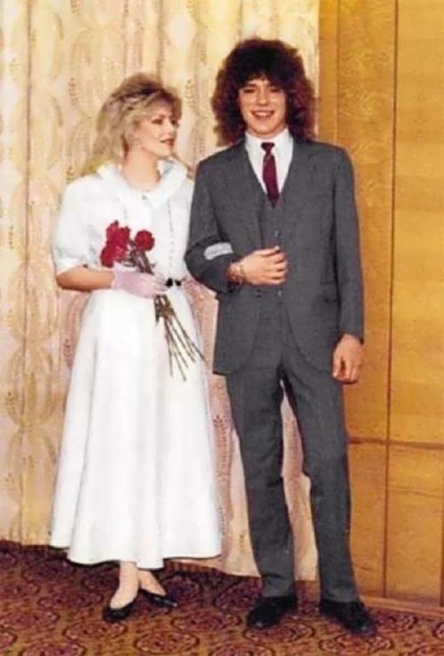 Наталья Ветлицкая и Женя Белуосов. Брак звезд эстрады конца 80-х продлился десять дней, до которых они встречались всего три месяца.