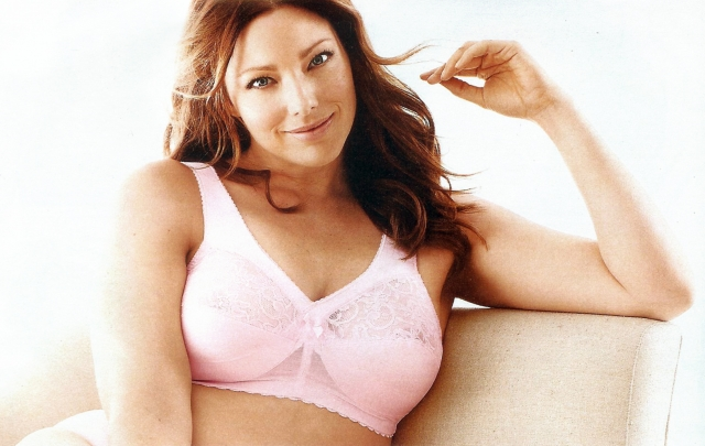 Все попытки вернуть предыдущий вес оказались тщетными и модельное агентство прекратило работать с девушкой. Однако через пару лет Кейт попробовала себя в качестве plus-size модели, и добилась большого успеха.