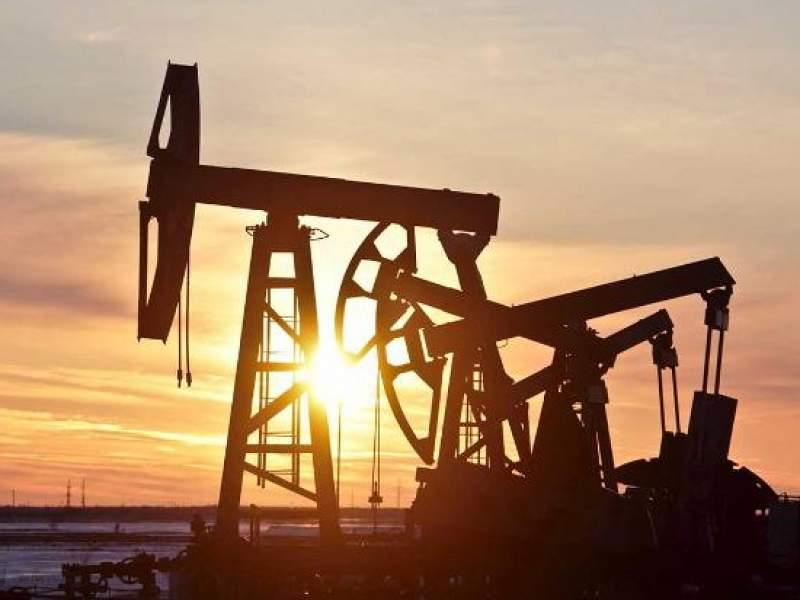 Цена нефти Brent упала ниже $16 впервые с 1999 года