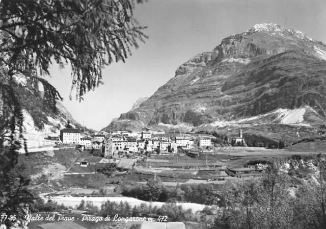 Уже в 1959 году на склоне Монте Ток были замечены трещины и подвижки грунта. Результаты геологических исследований были неутешительными для SADE: специалисты утверждали, что гора обвалится, вопрос лишь во времени. Тем не менее на график строительства это никак не повлияло.