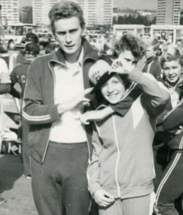 В 1980 году ей было всего 15 лет. Тогда этот вид спорта был очень молодым, 20-летние уже считались ветеранами.
