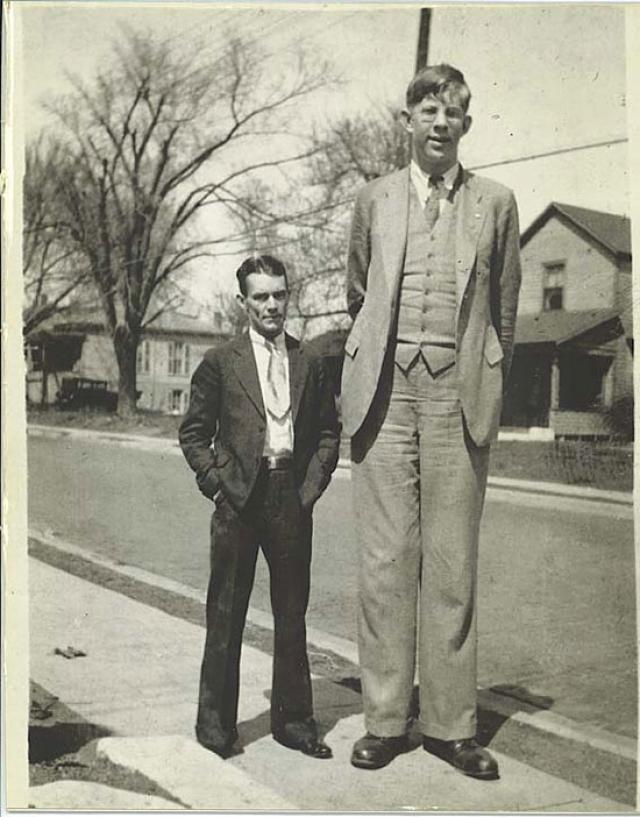 Противоположный рекорд, зафиксированный Гинессом, принадлежит принадлежит жившему в прошлом веке (1918-1940 г.г.) американцу Роберту Уодлоу .