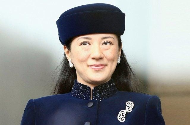 Наследная принцесса Масако. Японская принцесса училась в Токийском университете, Гарварде и Оксфорде, мечтала всю жизнь заниматься дипломатией.