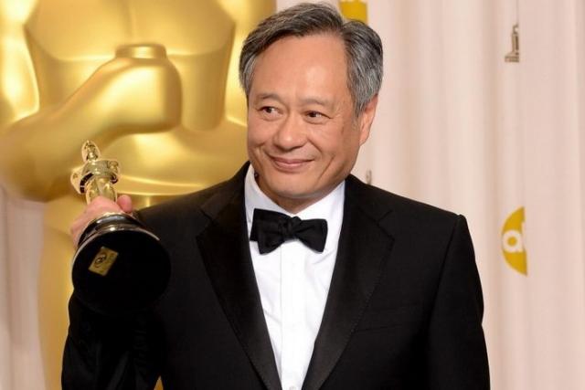 """Энг Ли. Кинорежиссер из Тайваня, где он прожил более двадцати лет, за свою карьеру дважды получил """"Золотого медведя"""" на Берлинском кинофестивале, дважды """"Золотого льва"""" на Венецианском и две статуэтки """"Оскар""""."""