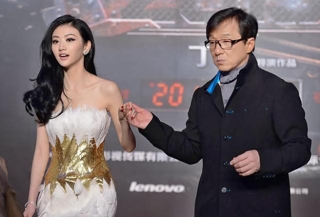 У Чана также есть дочь Этта У Чжолинь от внебрачной связи с актрисой Элейн У Цили. Однако сам Джеки официально не признает ее своей дочерью.