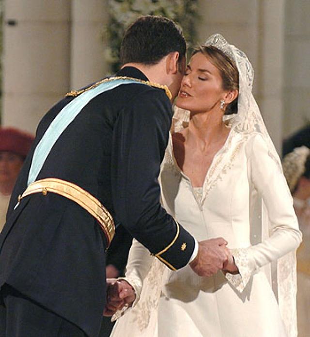 Телеаудитория церемонии составила около 1,5 миллиарда человек в разных странах мира.