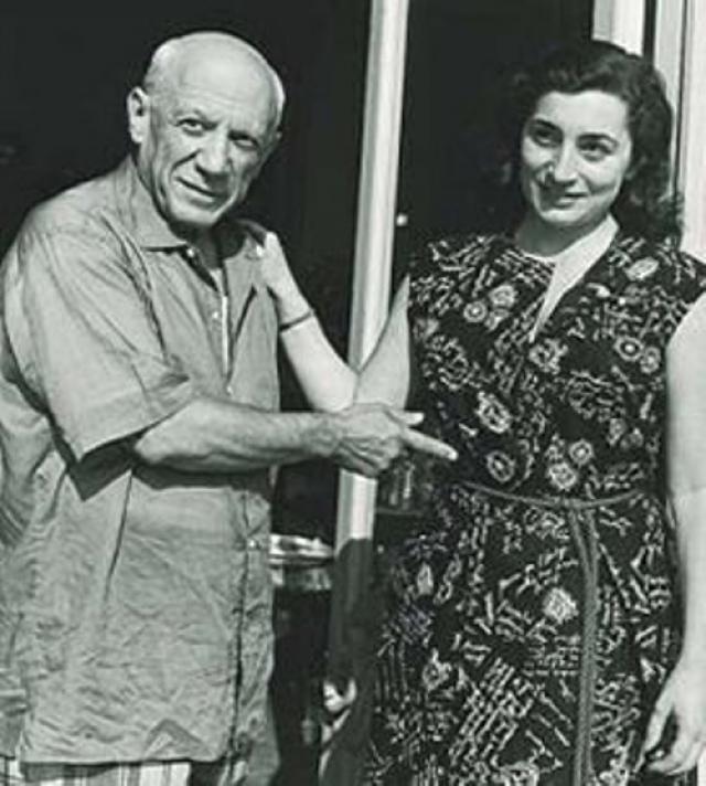 Пикассо и Жаклин Рок (разница - 45 лет). Пережив еще несколько романов, в 72 года Пикассо встретил свою последнюю настоящую любовь.