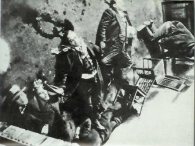 Опубликованные снимки с места преступления шокировали общественность и изрядно испортили репутацию Капоне в обществе, а также заставили федеральные органы правопорядка вплотную заняться расследованием его деятельности.