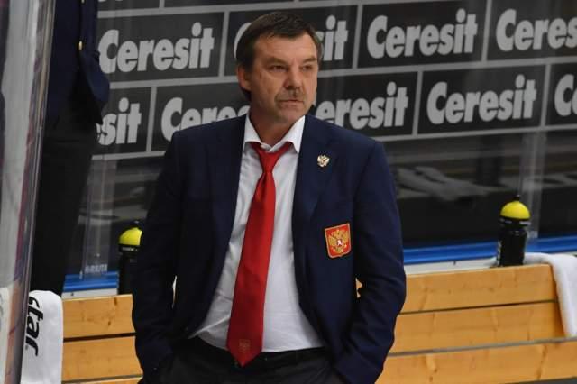 Олег Знарок. Тренер сборной России по хоккею в 1991 году получил гражданство Латвии, которое в 2001 году поменял на паспорт Германии.