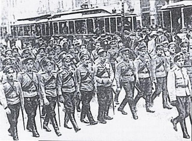 Не отдавая отчет в том, на что обрекает казаков, Временное правительство отдает приказ 1-му и 4-му Донским полкам выслать охрану к Таврическому дворцу.