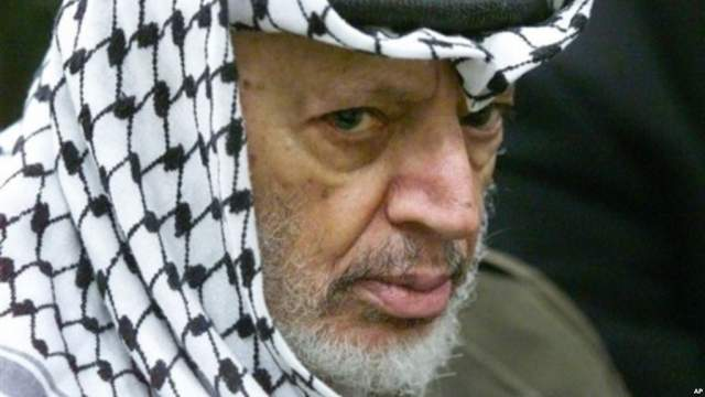 Арафат, судя по данным из прессы, страдал от болей в животе и у него была непроходимость кишечника.