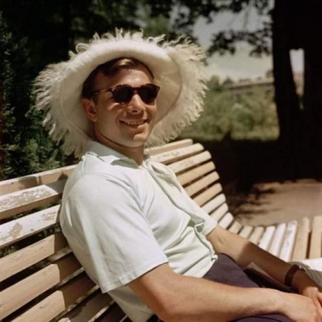 Юрий Гагарин. Сочи. Автор: Абрамочкин Юрий, 1961 год