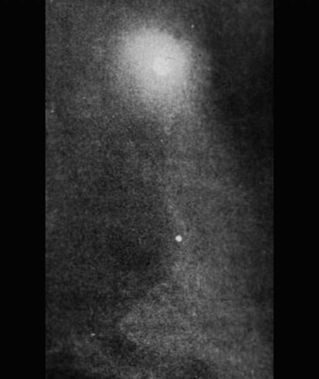 Эта фотография была сделана в Цинциннати, штат Огайо, в 1949 году. По сообщениям сержанта полиции Норвуд, Лльва Дэвидсона.