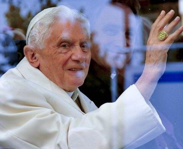 Ужаснувшись фактам, Бода наняла юристов и представила Ватикану доклад, в котором оспаривала официальную версию и требовала независимого расследования. Но, поскольку юристы не были аккредитованы папством, Ватикан промолчал.