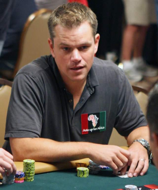 При этом он даже принимал участие в нескольких престижных турнирах по данной карточной игре, в том числе WSOP (World Series of Poker Game).