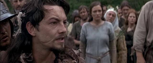 В карьере он не только не мешает ему, но даже помогает, принося брутальные роли в исторических фильмах.
