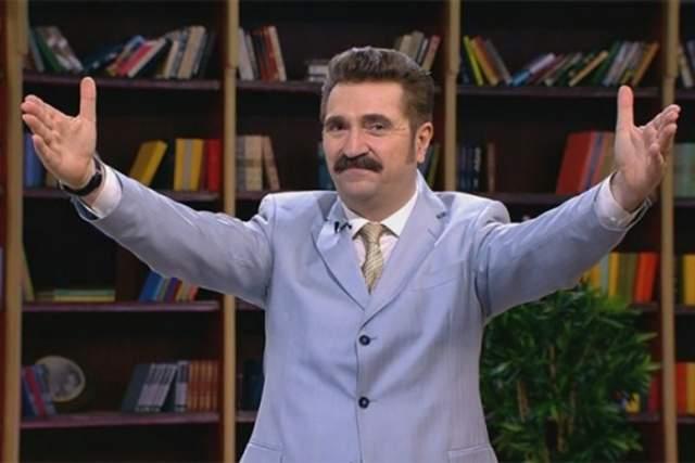 """Валерий Комиссаров. Ведущий шоу """"Моя семья"""" был одним из секс-символов того времени. Женщины с ума сходили от этого импозантного мужчины."""
