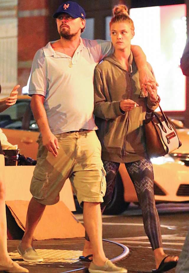 В начале года Леонардо Ди Каприо прочили свадьбу с моделью Ниной Агдал , с которой он был в отношениях целый год. Увы, пара также рассталась.