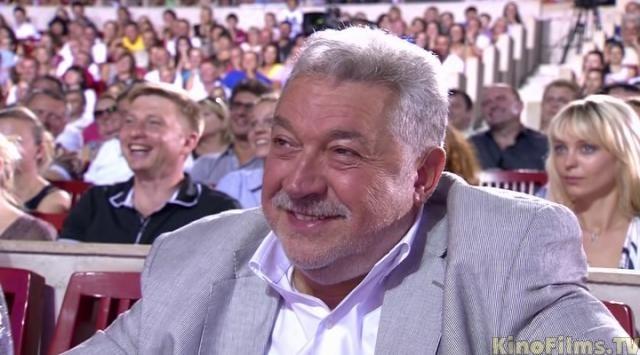 Кругленький гонорар. В конце Летнего кубка КВН-2009 Гусман в своей речи озвучил гонорар Галустяна за его приезд на игру.