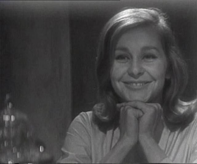Ангелина Вовк. В 1965 году Ангелина кончила актерский факультет ГИТИСа и даже снялась в одном фильме, а будучи студенткой, подрабатывала манекенщицей в Общесоюзном доме моделей на Кузнецком Мосту в Москве.