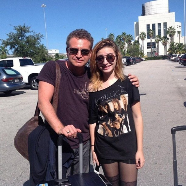 Дочка Леонида Агутина и Анжелики Варум по имени Лиза живет в Майами, где также, как и родители, занимается музыкой. Иногда ее даже можно увидеть на американском телевидении.