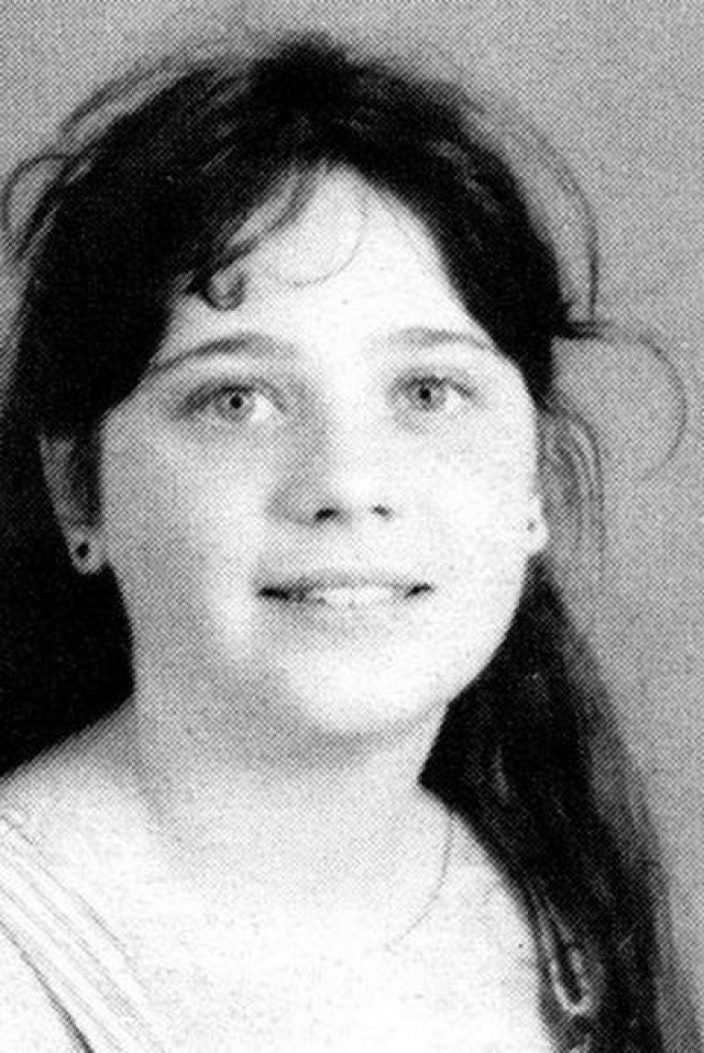 Зои Дешанель. Актриса в детстве была неуверенной в себе полноватой девочкой.