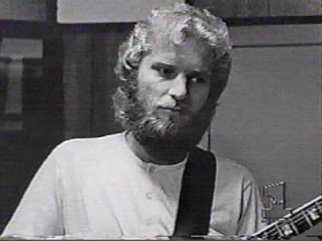 Том Фогерти Американский музыкант, гитарист группы Creedence Clearwater Revival, добившейся всемирного успеха в конце 60-х годов благодаря социально-политической тематике, подхватил смертельную болезнь случайно.