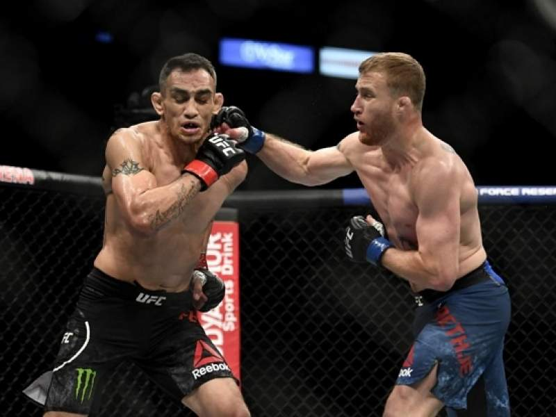Гэтжи победил Фергюсона в главном бою UFC 249