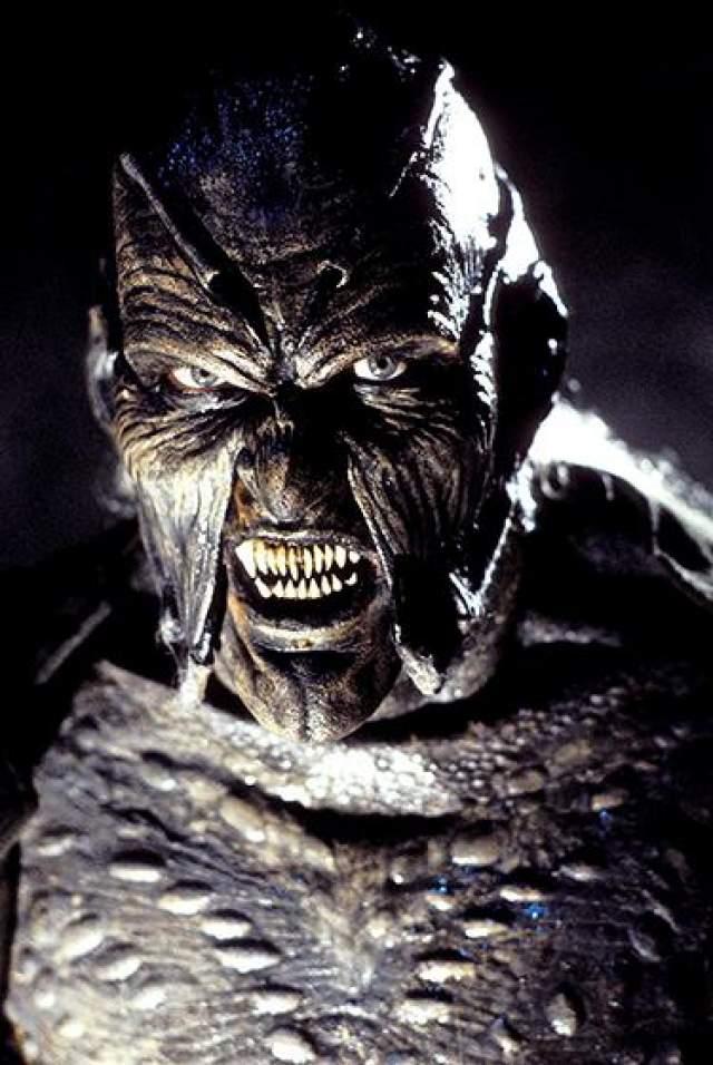 """Джонатан Брек Этот актер в первую очередь знаменит благодаря роли монстра в фильмах ужасов """"Джиперс Крипер"""" и """"Джиперс Криперс 2""""."""