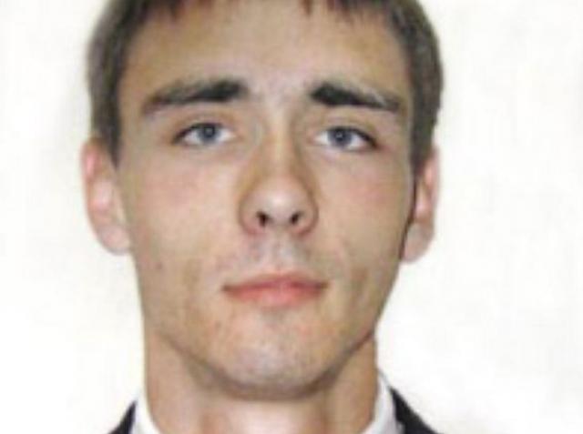 Александр Домогаров. В 2008 году с 23-летним сыном актером случилось несчастье: он погиб в результате ДТП.
