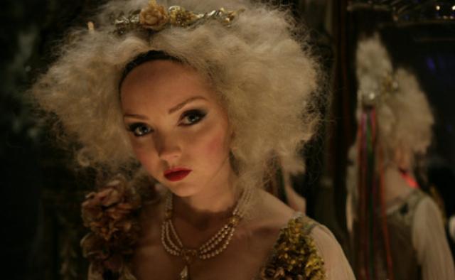 """Уже в 2009 году Терри Гиллиам дал ей главную женскую роль в """"Воображариуме доктора Парнаса"""" - последней работе Хита Леджера."""