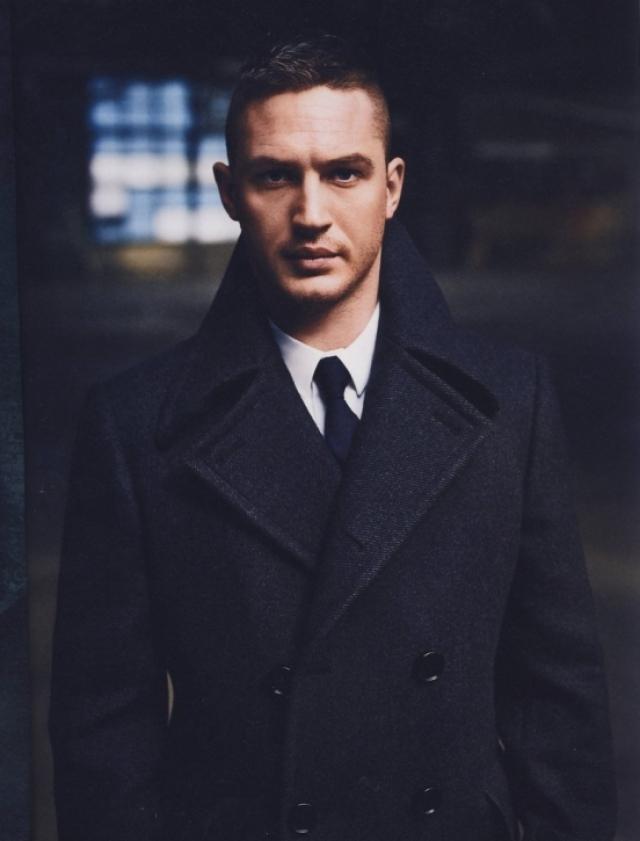 """Также Том не чувствует себя мужественным и сильным: """"Многие считают, что я выгляжу мужественно, но я так не думаю. Внутри я чувствую себя женщиной. Я бы хотел быть пацаном, но не ощущаю себя так""""."""