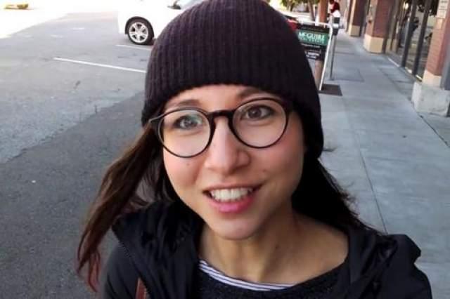 После развода Брин начал встречаться с 26-летней сотрудницей Google Амандой Розенберг, которая, в свою очередь, бросила ради Сергея своего парня - тогдашнего топ-менеджера Android-депапртамента.