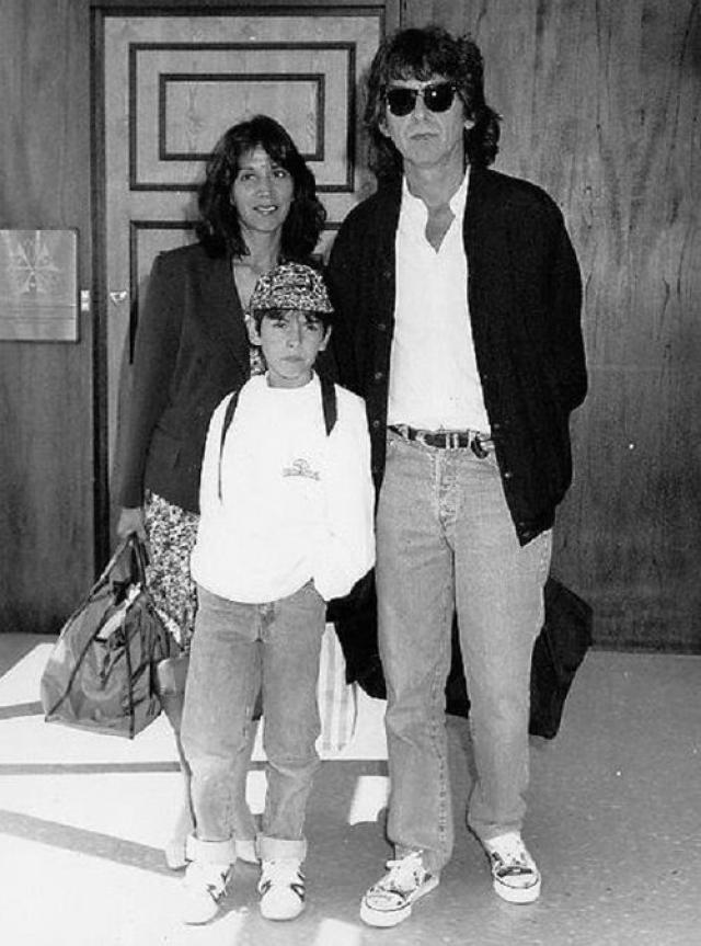 В 1978 году у них родился первый и единственный ребенок - сын Дани Харрисон.