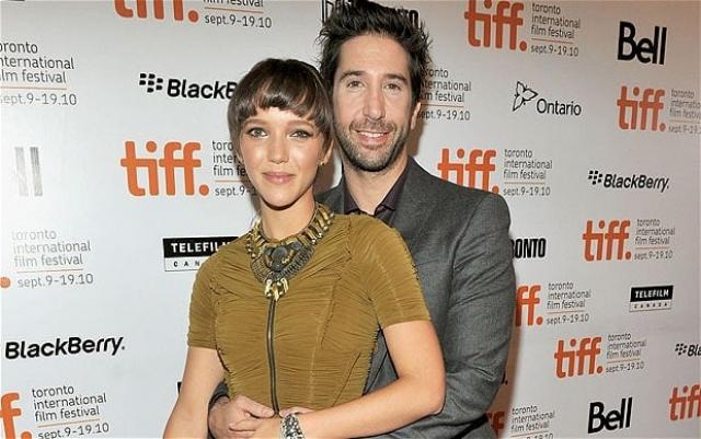 Швиммер и Бакман познакомились, когда актер приехал на съемки в Лондон. До свадьбы они встречались три года.