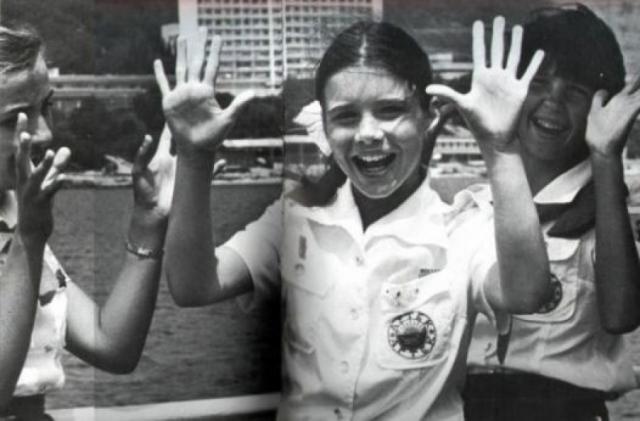 """Саманта Смит погибла в авиакатастрофе 25 августа. В тот день Саманта с отцом возвращались со съемок сериала Роберта Вагнера """"Lime Street"""", где Саманта играла одну из ролей."""