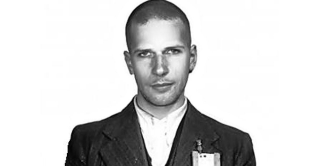 В 1947 году голландским судом был приговорен к смерти по обвинению в убийстве по меньшей мере 11 человек. Позже приговор был заменен на пожизненное заключение.