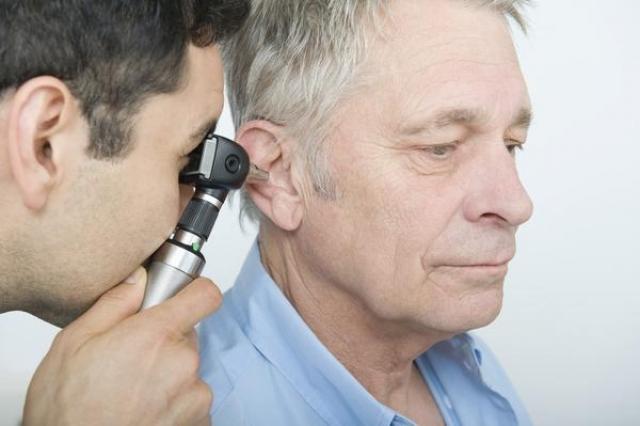 Более 30 лет британец Стивен Херст страдал от постоянных болей и частичной глухоты, которую эти боли в голове вызывали. После этого он посетил, пожалуй, около сотни госпиталей и медицинских центров не только в Великобритании, но и за границей...