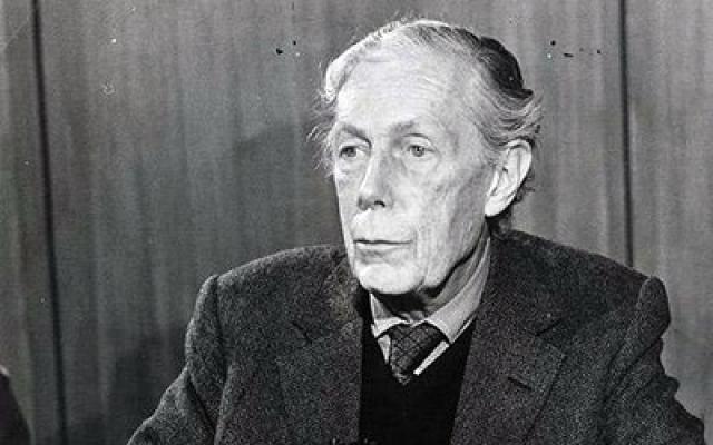 Блант информировал советское посольство обо всех акциях, направленных против посольских работников. Кроме этого агент весьма успешно действовал по вскрытию дипломатической переписки правительств иностранных государств в изгнании.