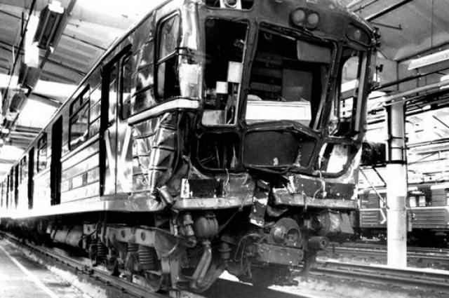 Серия аварий на Серпуховско-Тимирязевской линии в 1994 году. В течение четырнадцати с половиной часов на разных перегонах линии произошло три аварии, в результате которых 20 человек получили увечья, 9 из них были госпитализированы.