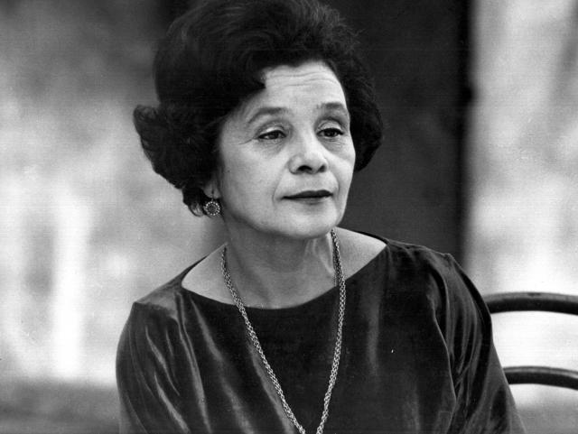 Мария Сергеевна была очень востребована в мультипликации. Она была любимой актрисой мультипликаторов: ее голосом было озвучено около 300 персонажей. Мария Виноградова скончалась 2 июля 1995 года в Москве.