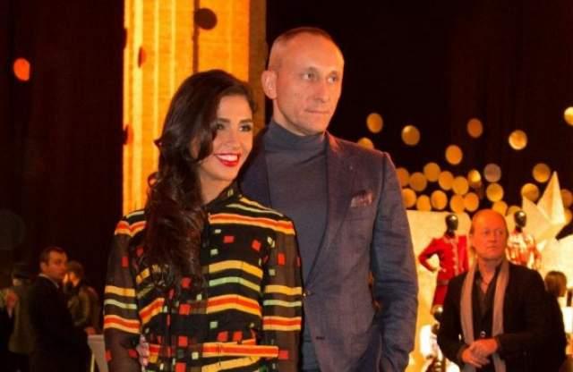 В 2015 году вышла во второй раз замуж - за украинского предпринимателя Игоря Кучеренко, который на 18 лет старше нее. Пара воспитывает сына Санты Даниэля от ее первого брака.