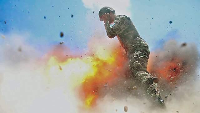 2 июля 2013 года. Cнимки взрыва, сделанные военным фотографом Хильдой Клейтон за мгновение до смерти, опубликовал журнал американской армии Military Review. Это случилось спустя почти четыре года после трагедии.