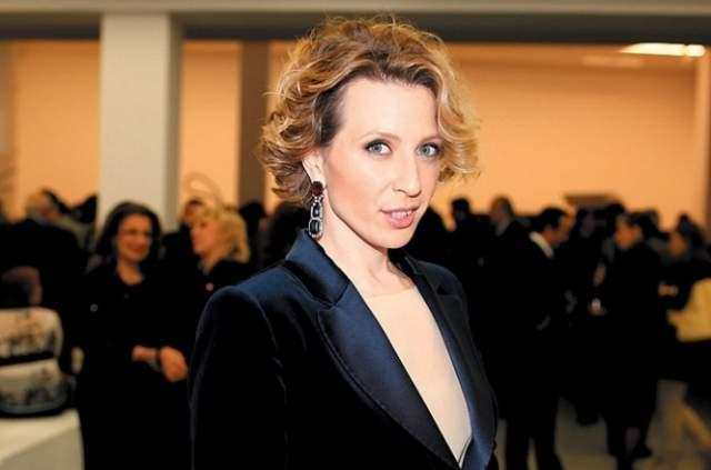 Яна Чурикова - российская телеведущая и продюсер. За время карьеры выросла телеведущей российского канала MTV до руководителя каналов молодежного и музыкального вещания холдинга Viacom.
