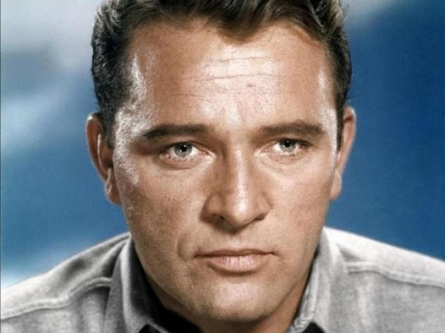 Ричард Бертон. Пик популярности Ричарда пришелся на 60-е годы. Тогда он был одним из самых высокооплачиваемых актеров Голливуда.