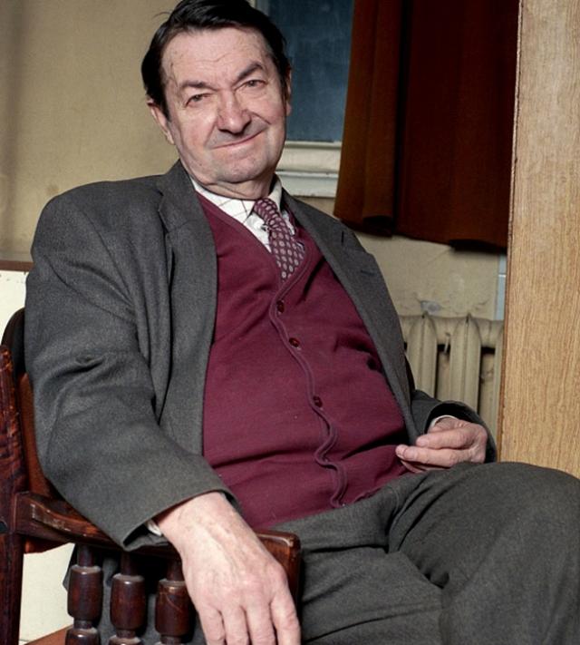 Георгий Вицин (1918−2001). Несмотря на то что актер до последних дней играл в Театре киноактера, заработков хватало на самое скромное существование.
