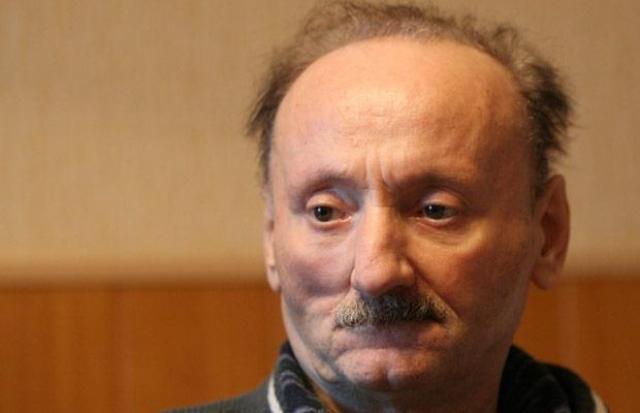 Трагическая полоса началась у актера в 2000 году: через неделю после похорон своего лучшего друга, писателя Григория Горина, Семен Фарада перенес обширный инсульт, повлекший за собой нарушение речи.