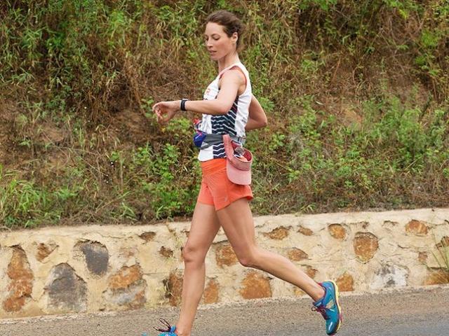 Кристи Тарлингтон. Модель более 20 лет занимается йогой, предпочитая спокойные упражнения занятиям в спортзале.