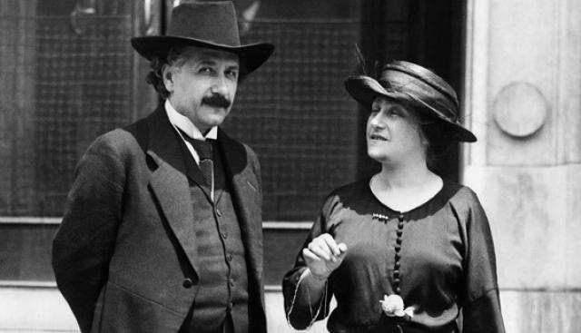 В 1933 году пара переехала в Соединенные Штаты и спустя три года Ловенталь умерла от проблем с сердцем. У пары никогда не было совместных детей, но у каждого были дети от предыдущих браков.